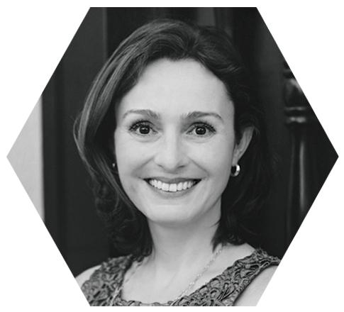 Lilian Santini, Social Media Chair